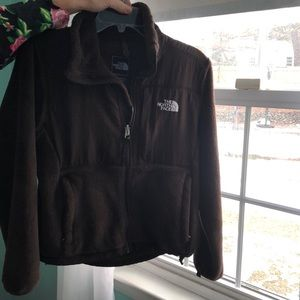 Brown north face women XS